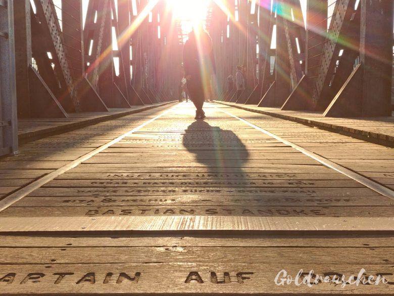 Magdeburger Hubbrücke im Sonnenschein
